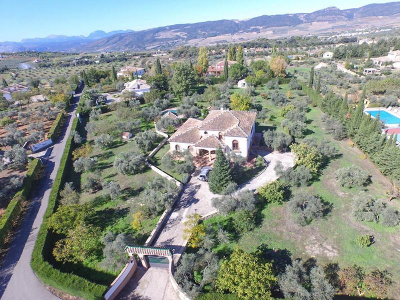 Marbella Banus Finca – Cortijo en venta en Ronda – R2533556