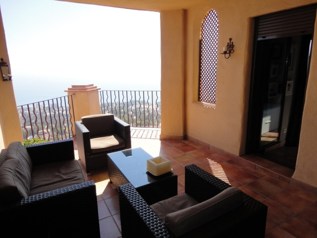 Wonderful corner apartment with panoramic views of the sea, mountains and the coast, within an exclu, Spain