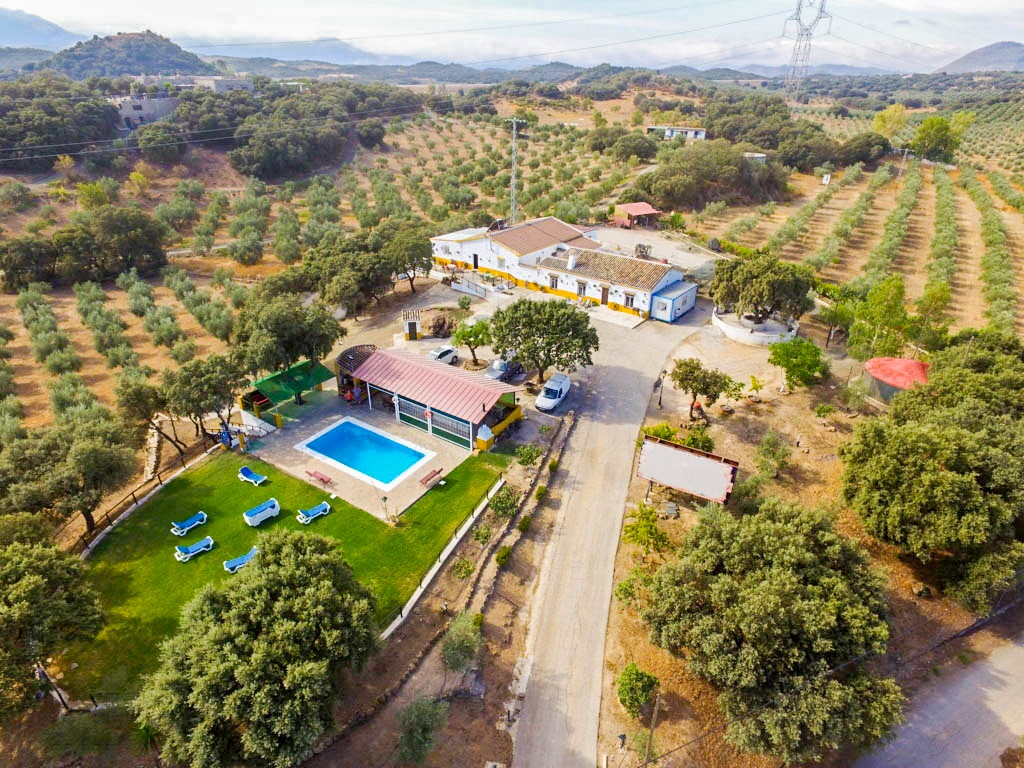 A Delightful Rural Hotel Featuring Featuring Excellent Facilities and Versatility.  This well locate, Spain