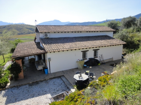 Finca close to Alora town, with panoramic views of the countryside and mountains, with excellent acc,Spain
