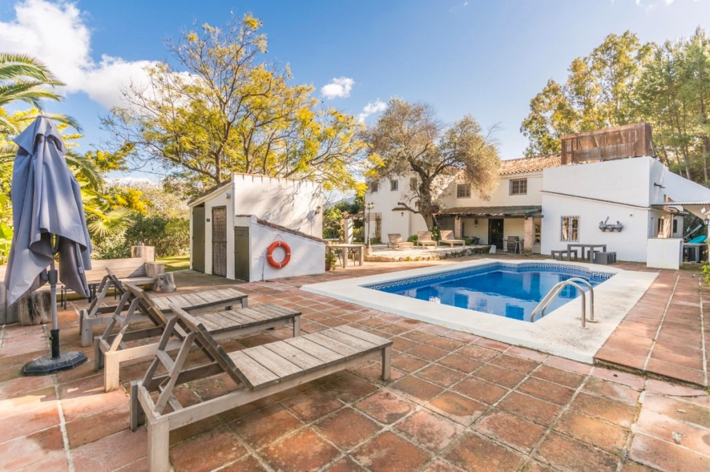 FABULOUS CORTIJO TOTALLY EQUIPPED AS RURAL HOTEL, RESTAURANT OR COUNTRY HOUSE IN COIN.  It is distri,Spain