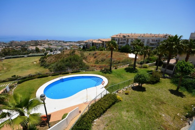 Bright apartment in the top part of Benalmadena with spectacular views.  It is distributed as follow,Spain