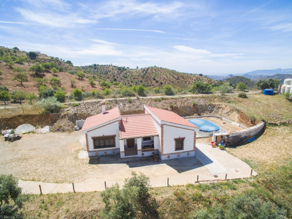 Recent reduction to 139.000€ for a quick sale. Dont miss this oportunity!!!!!  Finca with panoramic ,Spain