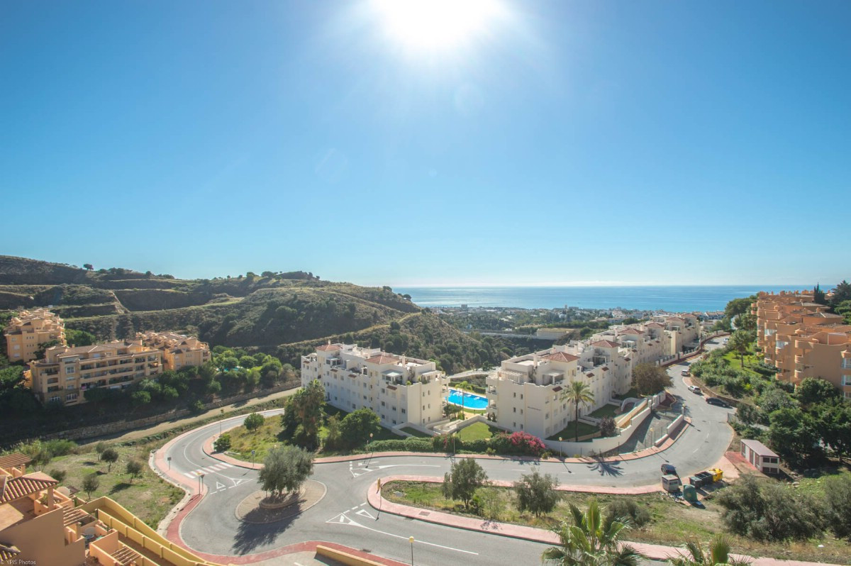 Penthouse completely renovated with large sunny terraces and panoramic views of the sea and mountain, Spain