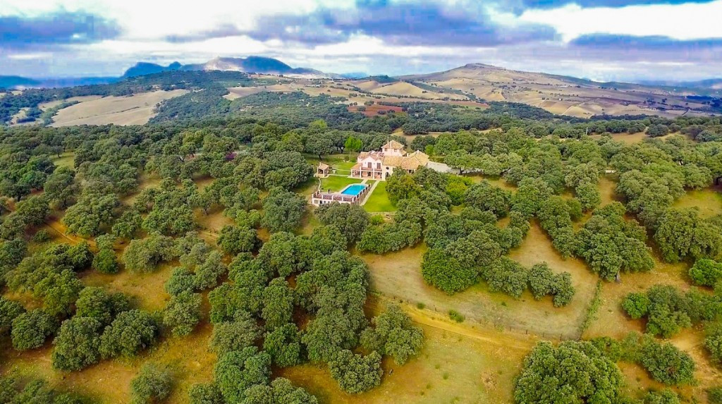 Spectacular, fully reformed and highly appointed Finca atop the Serrania de Ronda. The expansive lan,Spain