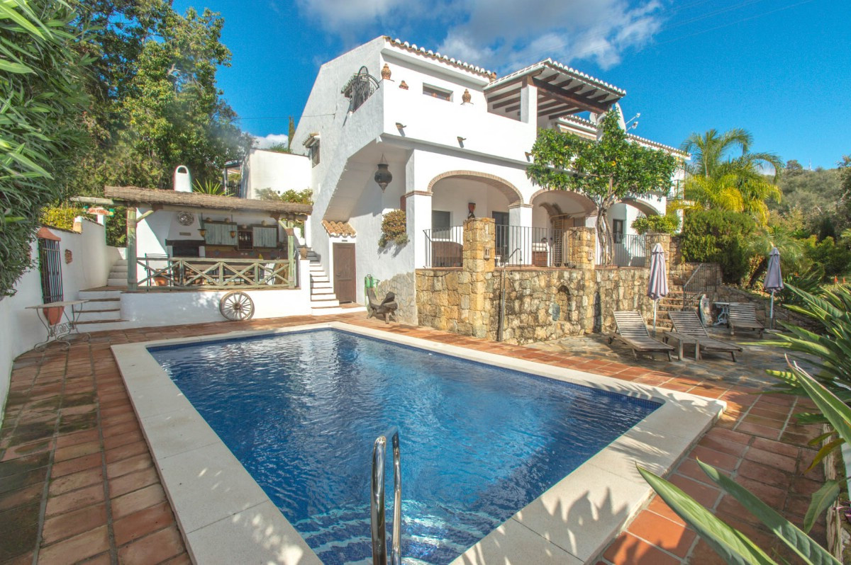 Beautiful Finca completely renovated with Andalusian style and with 2 independent apartments located,Spain