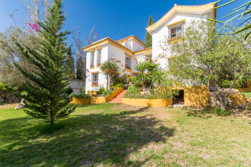 Villa  Detached 													for sale  																			 in Torremolinos