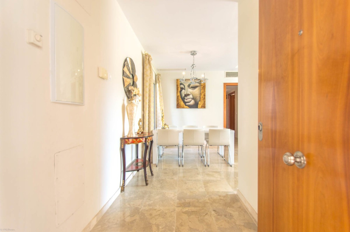 Apartment in Alhaurín de la Torre R3232918 6 Thumbnail