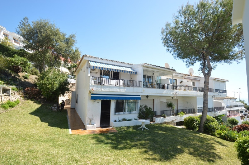 Cosy corner apartment, ideal for holidays, located in TORREMUELLE 200 meters from the beach, superma,Spain