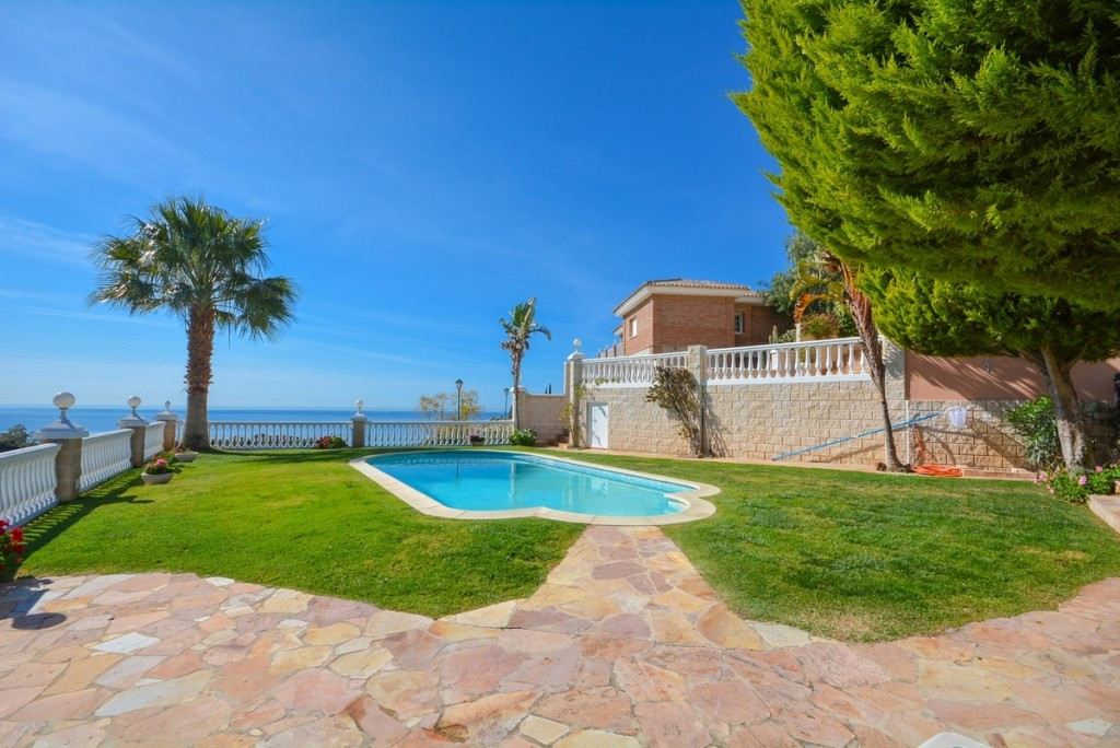Villa Detached Benalmadena Málaga Costa del Sol R206585 1