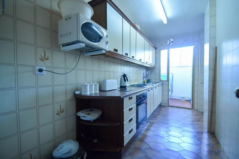 Apartamento Planta Media en venta en Benalmadena Costa – R2504192