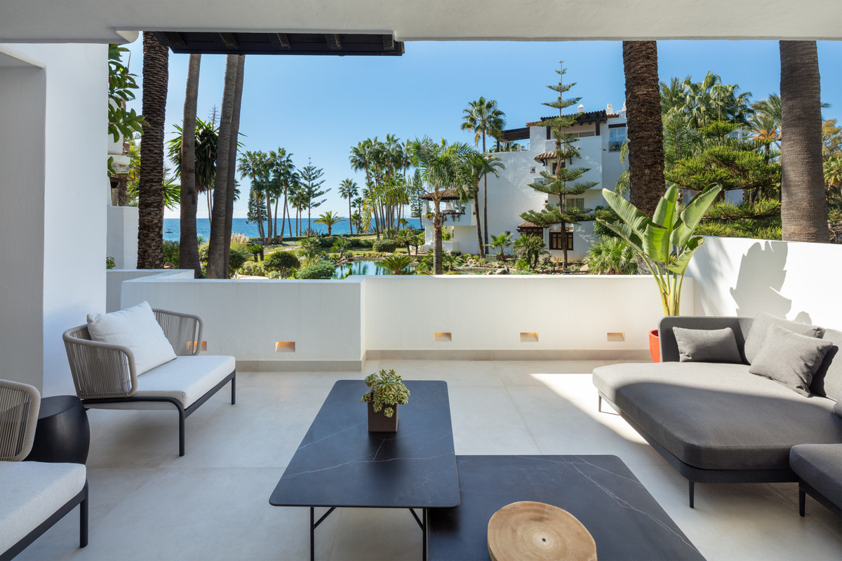 Apartment Ground Floor in The Golden Mile, Costa del Sol