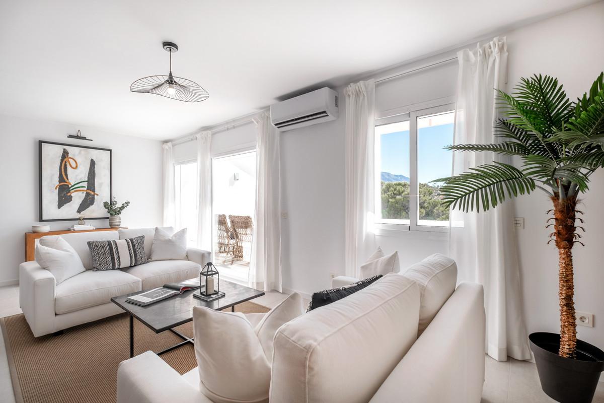 Apartamento en Venta en Benahavís – R3689123