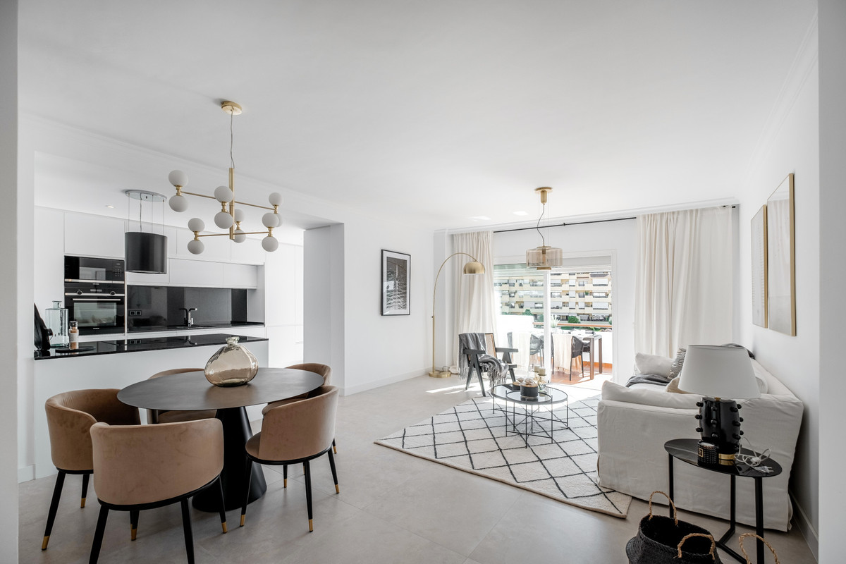 Apartment  Penthouse for sale   in Selwo