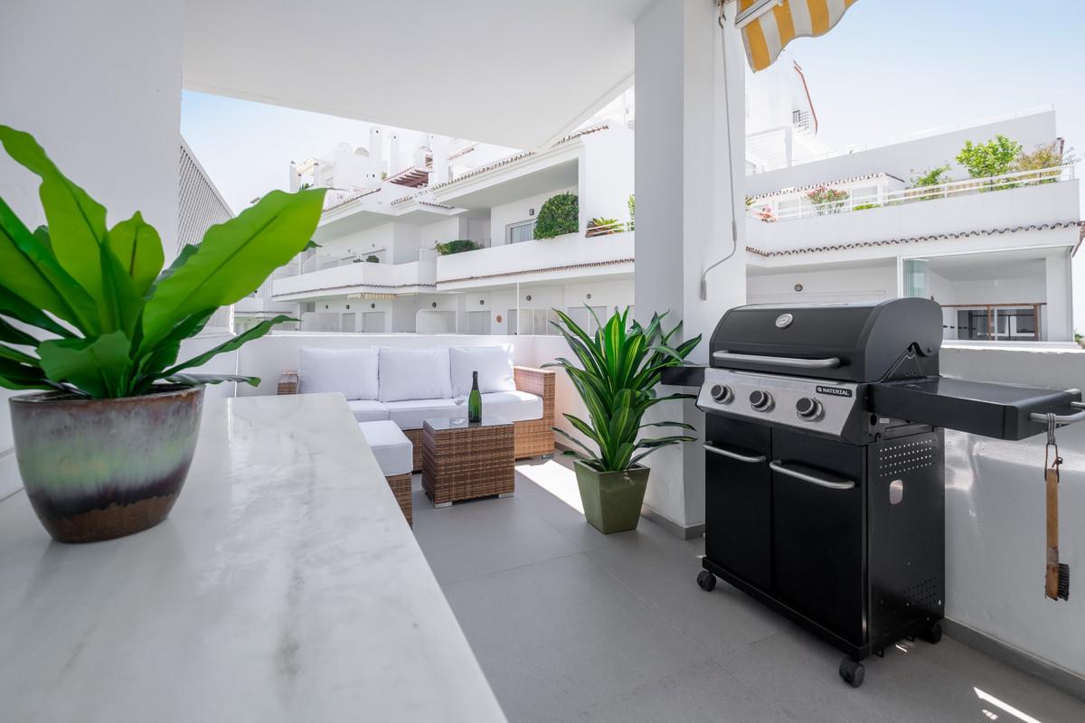 Apartamento en Venta en Nueva Andalucía – R3704186