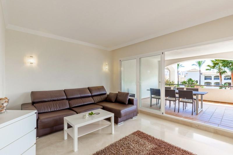 Apartamento Planta Media en venta en Selwo – R3499003