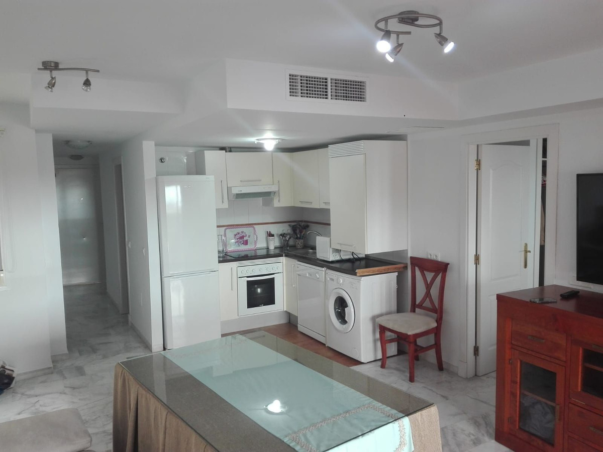 Middle Floor Apartment · Benalmadena