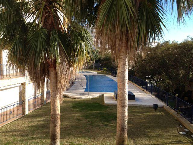 duplex en la zona de torrequebrada, en urbanizacion a escasos minutos de la playa   gran piscina con,Spain