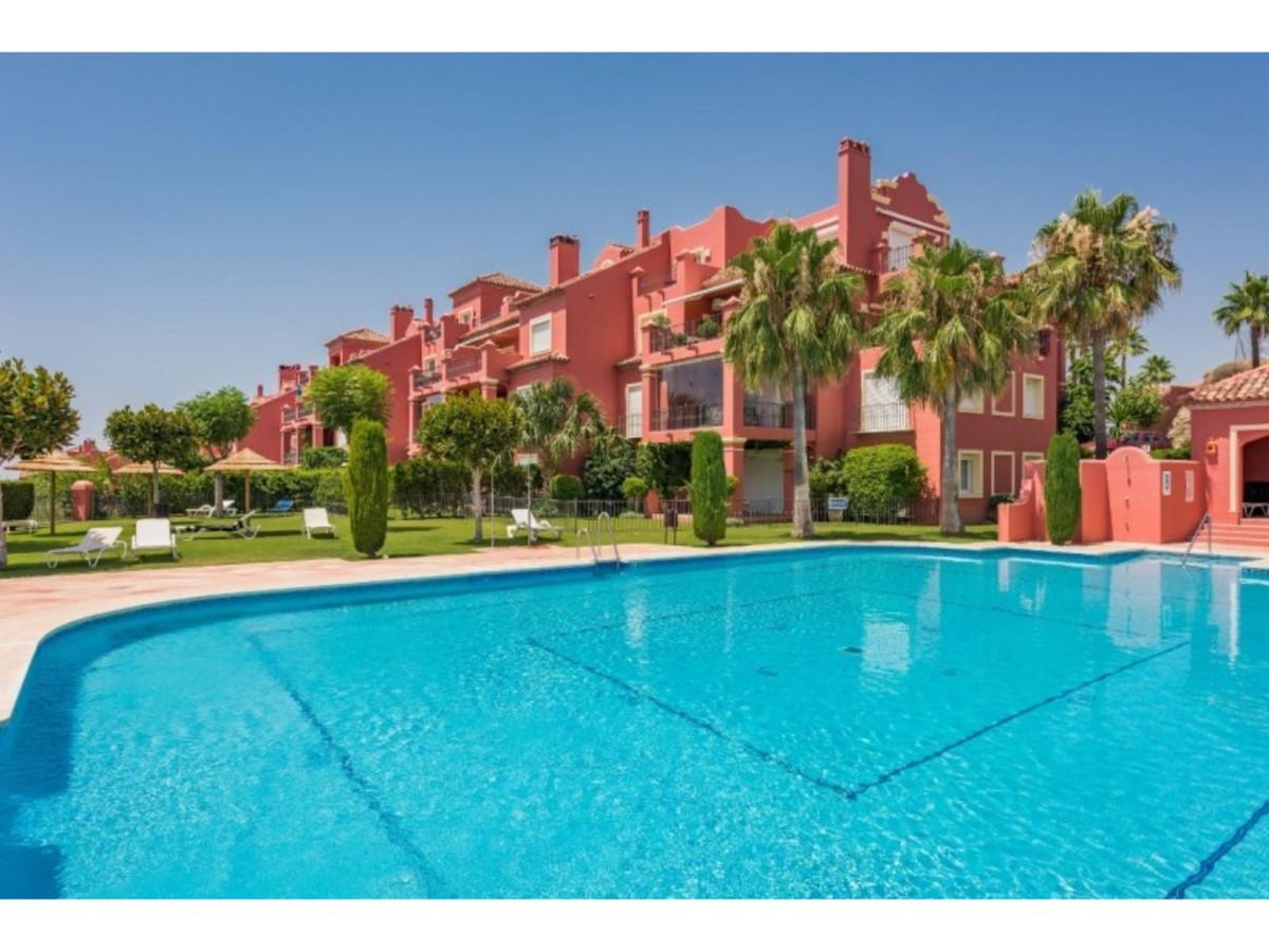 Marbella Banus Ático en Venta en Monte Halcones – R3664460