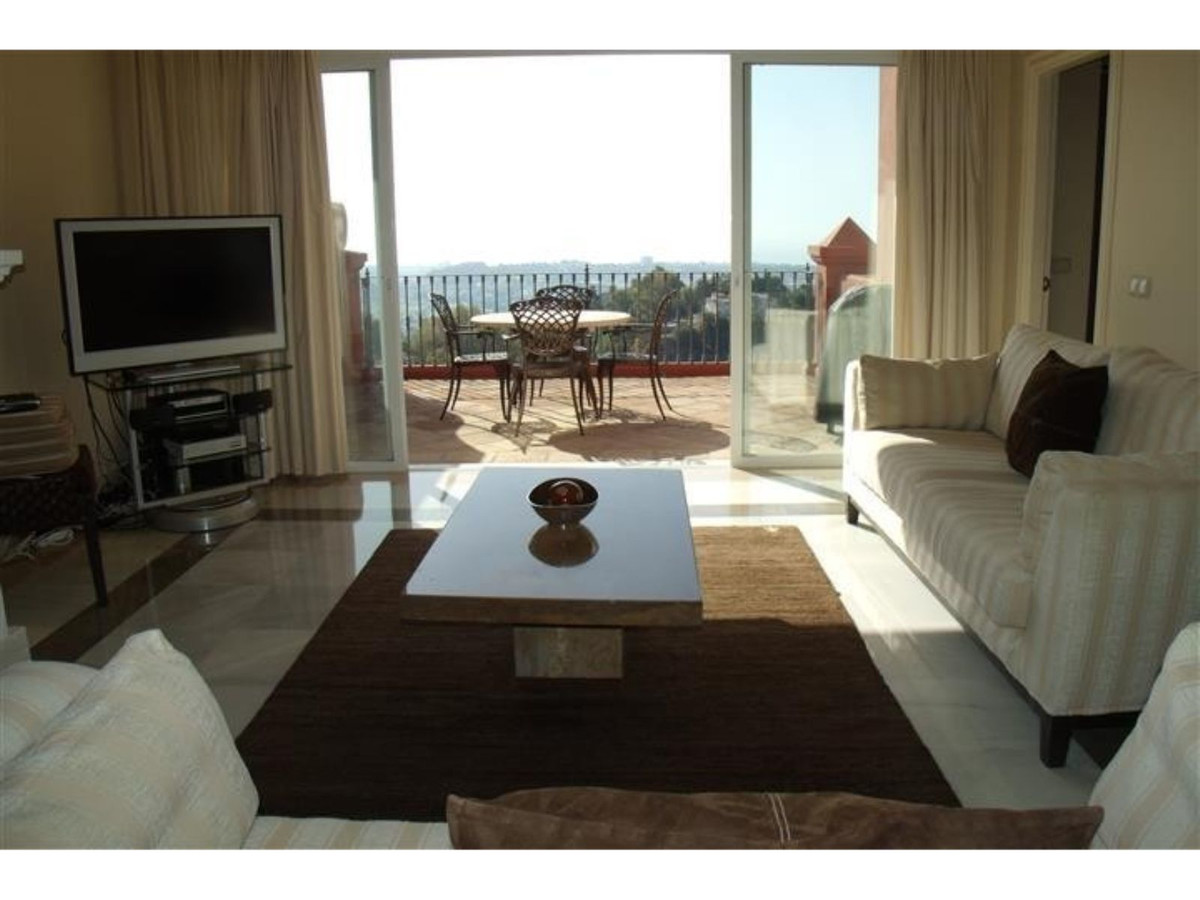 Penthouse in Monte Halcones