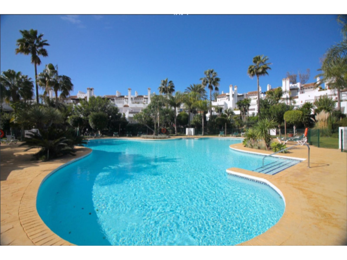 Fantastic Light-filled 3-bed house with Sea Views, Costalita