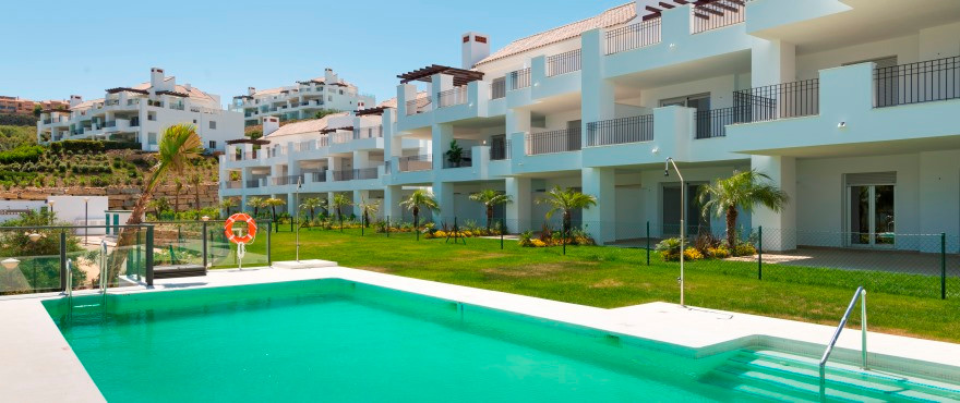Gorgeous 2 bedroom apartment - golf course on your doorstep