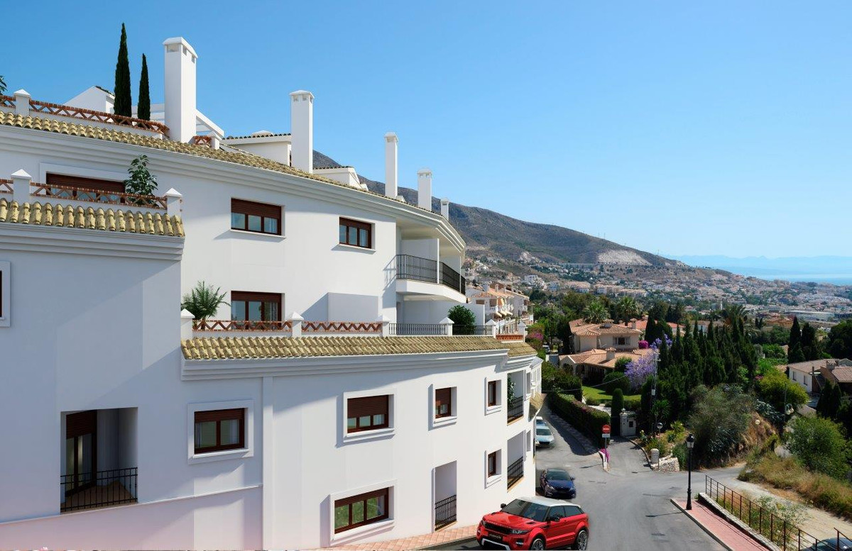 In the style of famous Andalusian white villages!