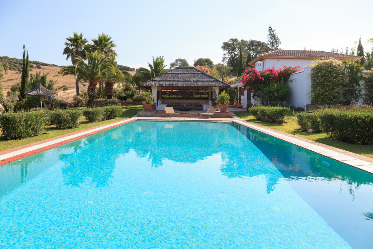EQUESTRIAN PROPERTY NEAR SOTOGRANDE WITH 2 GUEST COTTAGES