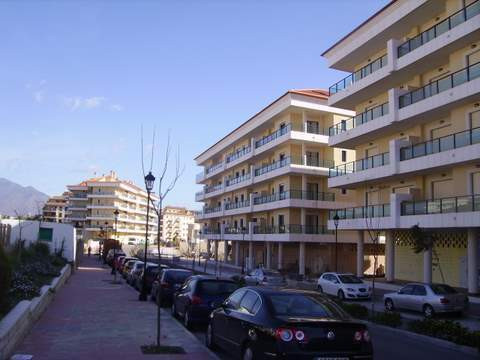 2 bed apartment with large terraces - Costa del Sol