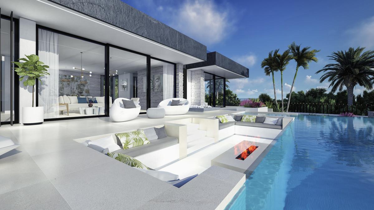 Stylish modern villa 4 km from beaches