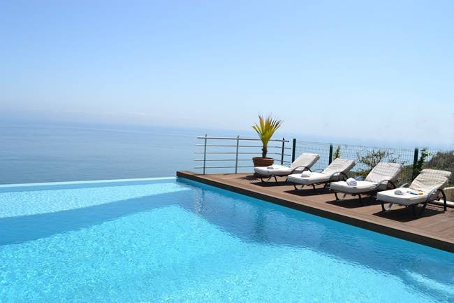 Architect villa - 5 bed with panoramic views of the coastline