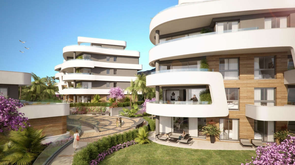 Luxurious off plan apartments near historic Fuengirola