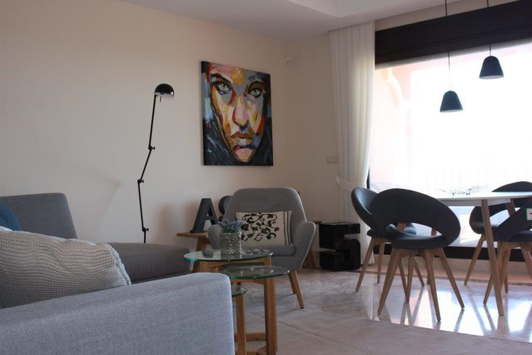 2kms from the sea....this Townhouse is in an exceptional PRIVATE COMPLEX