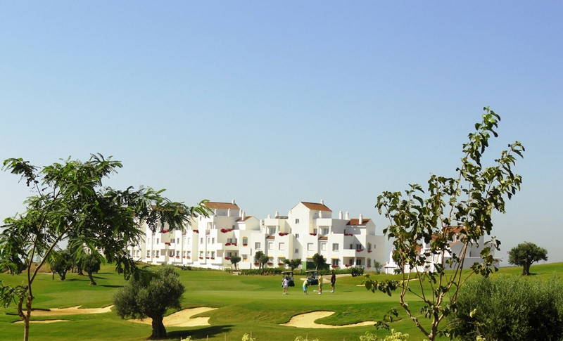 Enjoy the golf lifestyle and the stunning views