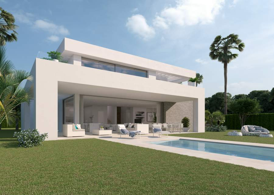 3 bed villa with heated indoor pool near Marbella