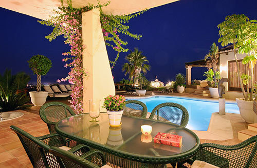 Spectacular villa with magnificent views
