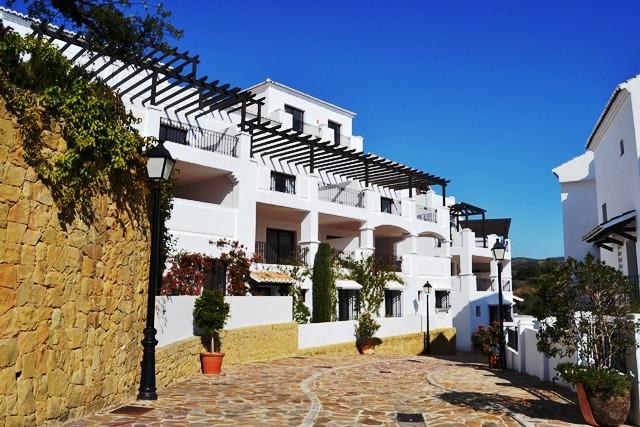 Exclusive area of Pueblo los Monteros - golf, sea and sun