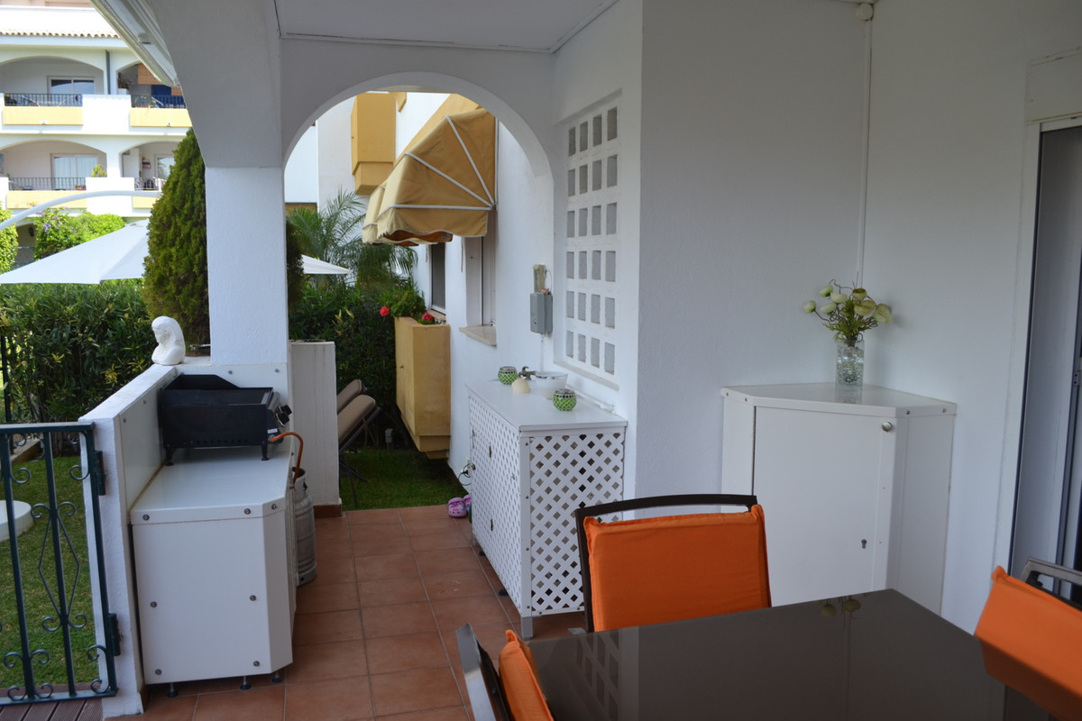 Ideal location, close to Marbella town!