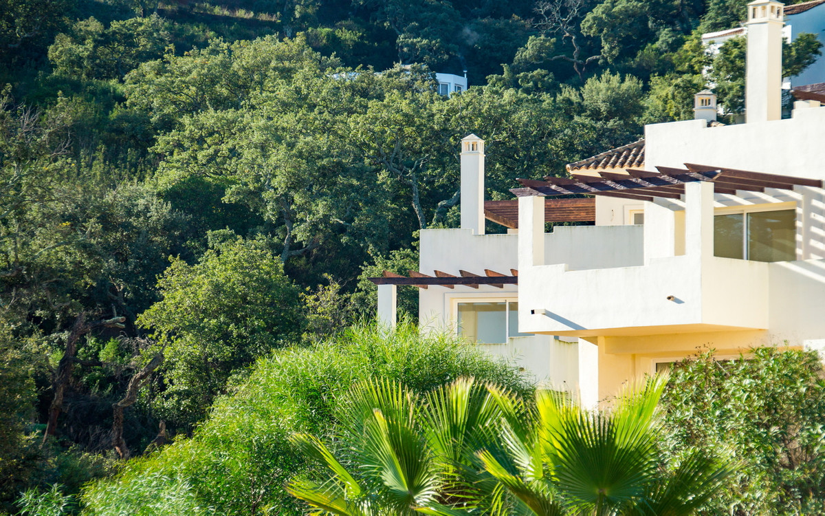 Live the country life above the Costa del Sol