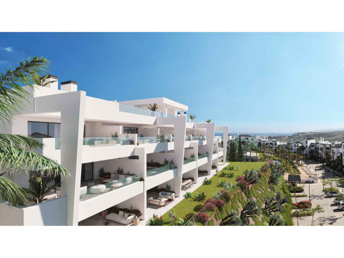 LUXURY LEISURE RESORT APARTMENT IN ESTEPONA.