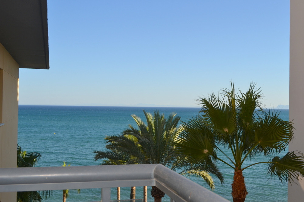 Fabulous sea views next to famous Playa del Cristo