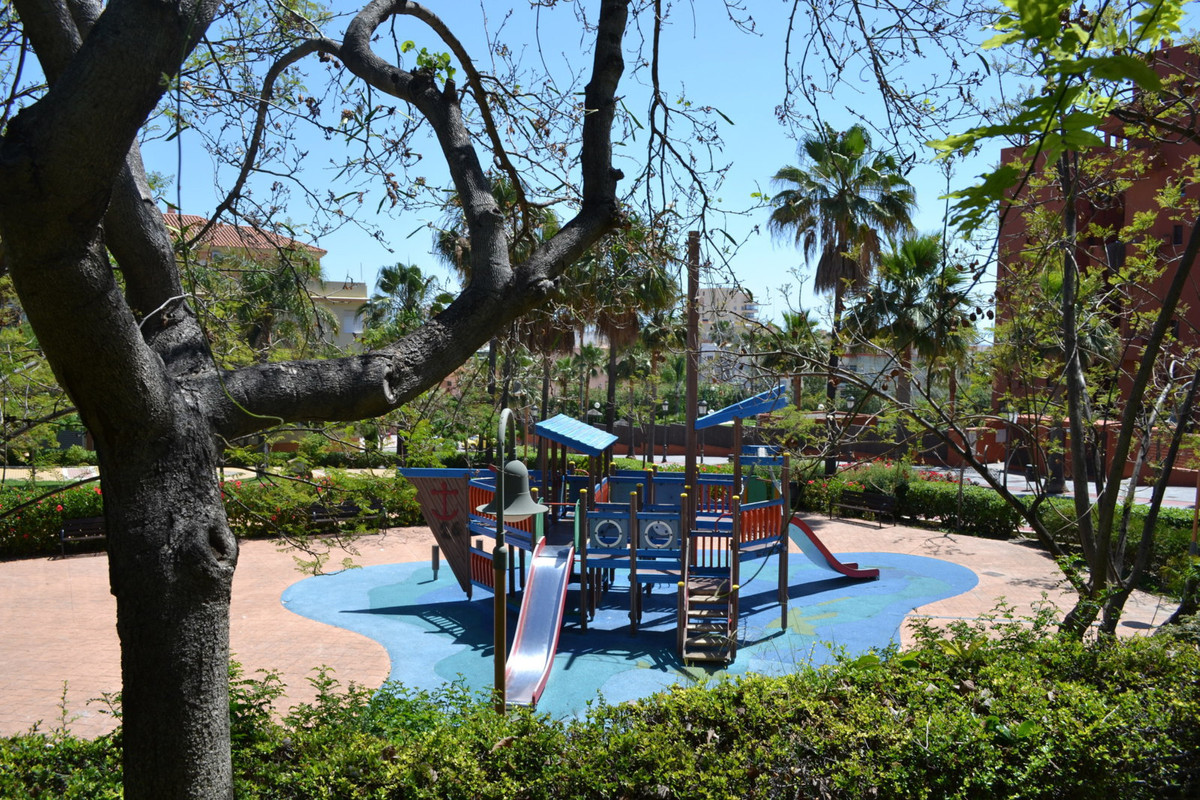 In the heart of Estepona and only a walk to the beaches