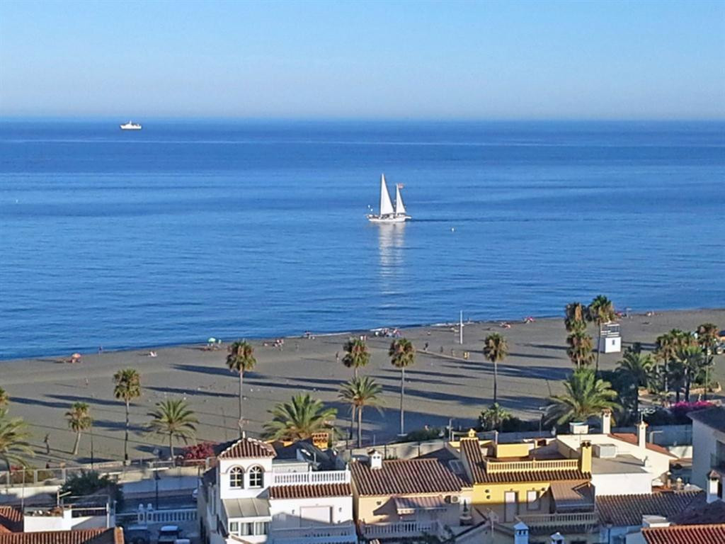 Get your dream home in the sun, 5min from Estepona