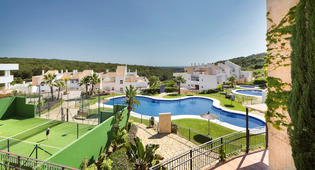15 minutes from world famous Sotogrande!