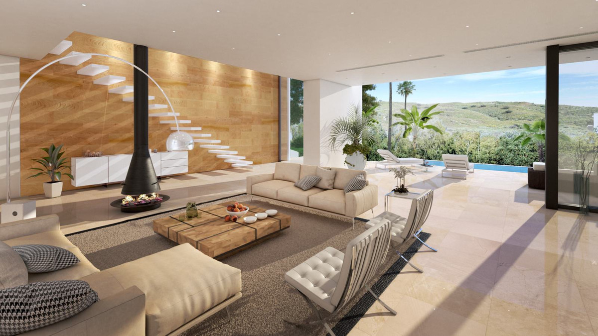 Enjoy the Marbella lifestyle and the gorgeous views