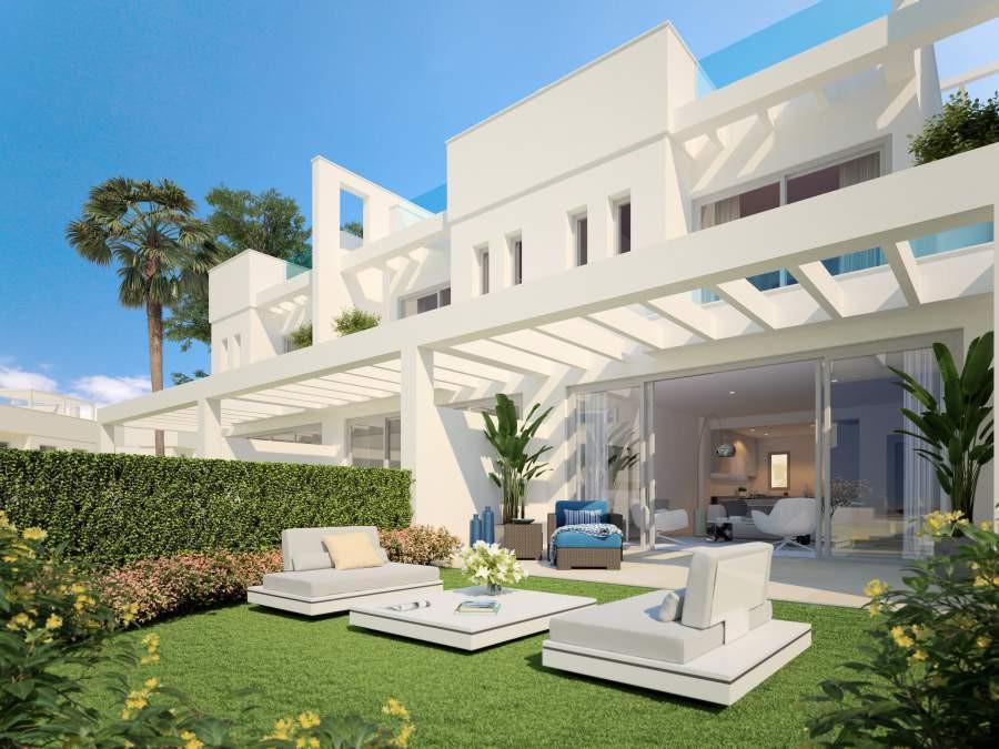 Maisons de ville contemporaines de 3 chambres près des plages