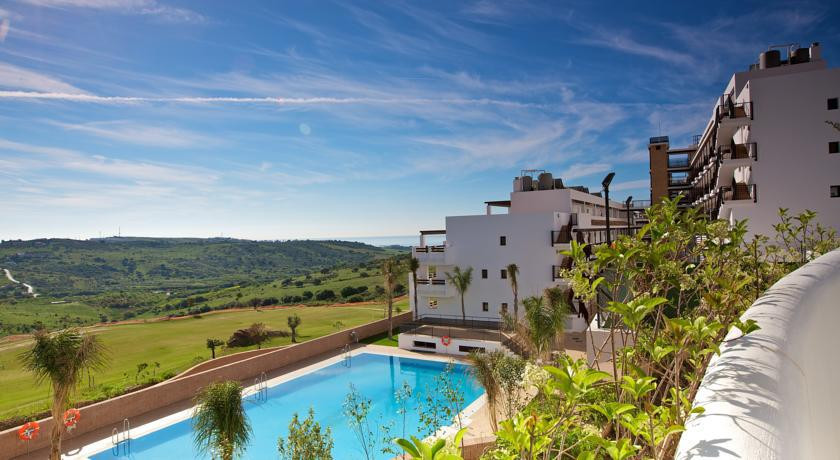 5 minutes from the centre of Estepona