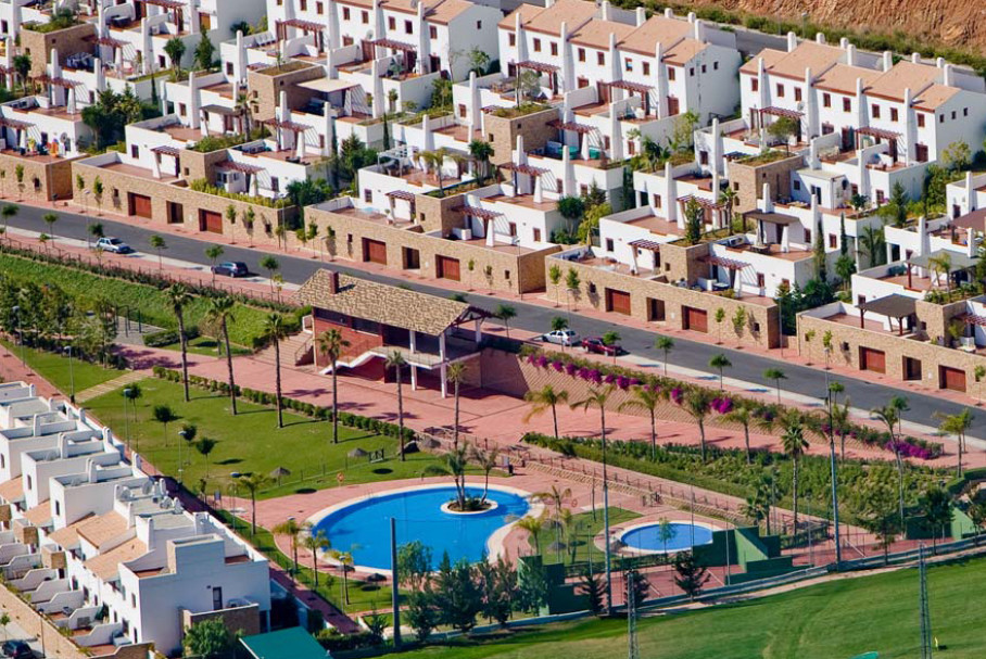 Properties a few minutes from the beach