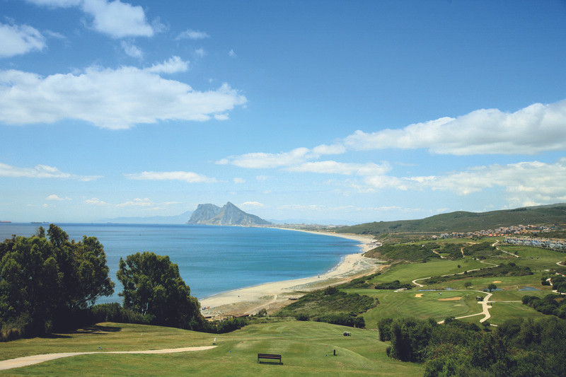 Golf course on Costa del Sol - 2 beds