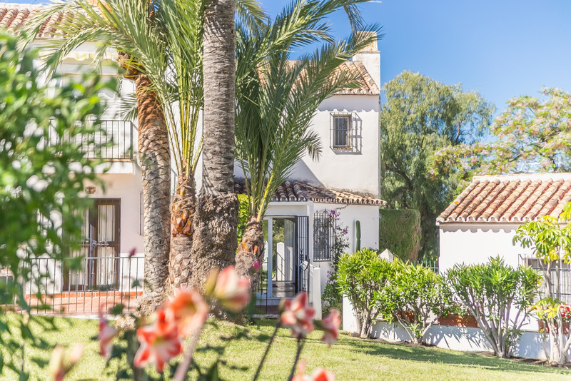 Townhouse - Marbella - R3404005 - mibgroup.es